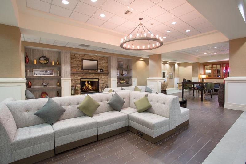 Holiday Inn Colorado Springs Airport-Colorado Springs Airport - Meet friends and family<br/>Image from Leonardo
