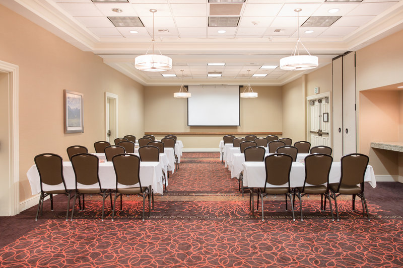 Holiday Inn Colorado Springs Airport-Meeting Room <br/>Image from Leonardo