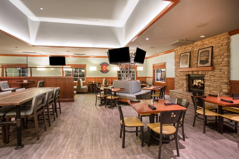 Holiday Inn Colorado Springs Airport-Restaurant <br/>Image from Leonardo