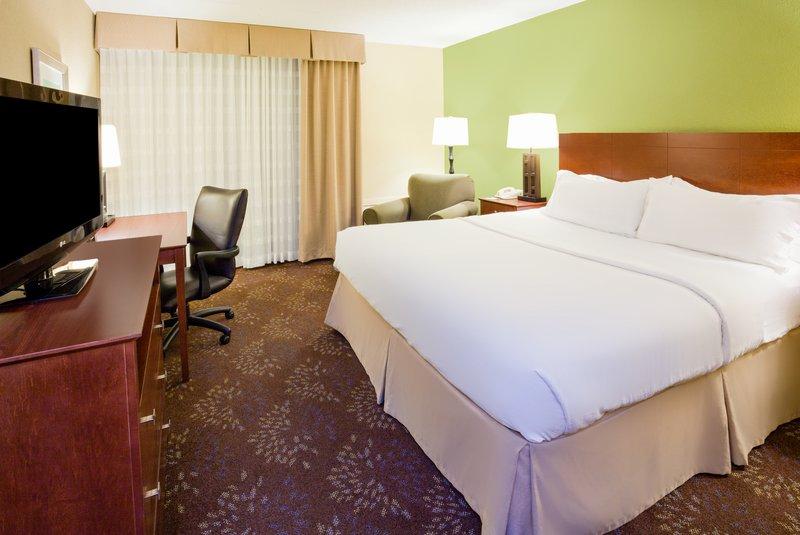 Holiday Inn Fairmont-Guest Room<br/>Image from Leonardo