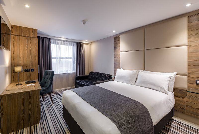 Holiday Inn York City Centre-Holiday Inn York City Centre Double Bed with Sofa<br/>Image from Leonardo