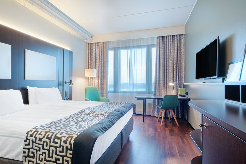 Holiday Inn Helsinki - West -Ruoholahti-Enjoy your stay at our new Superior King bed room<br/>Image from Leonardo