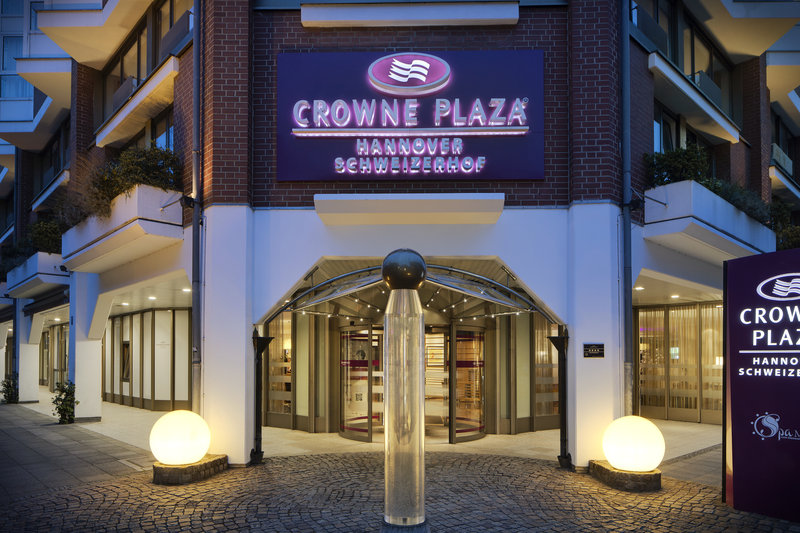 Crowne Plaza Hannover-Crowne Plaza Hannover, with inclusive Wi-Fi and a fitness room.<br/>Image from Leonardo