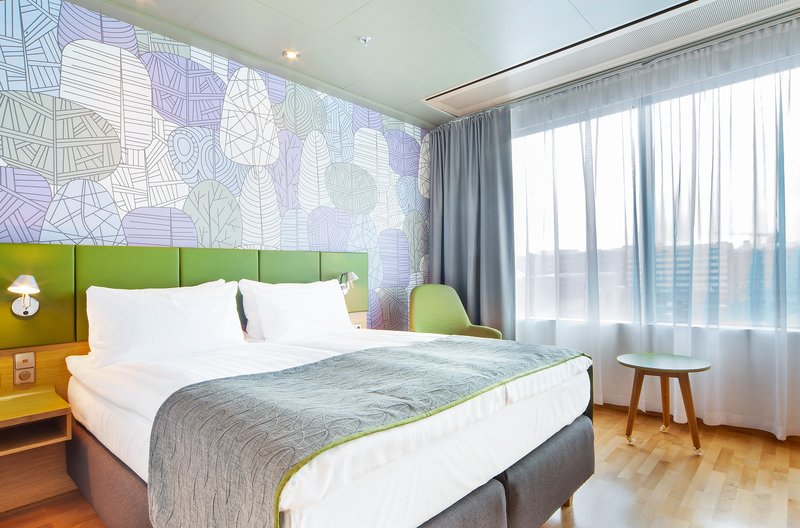 Holiday Inn Helsinki City Centre-New fresh and stylish standard room with a view to Eliel Square<br/>Image from Leonardo