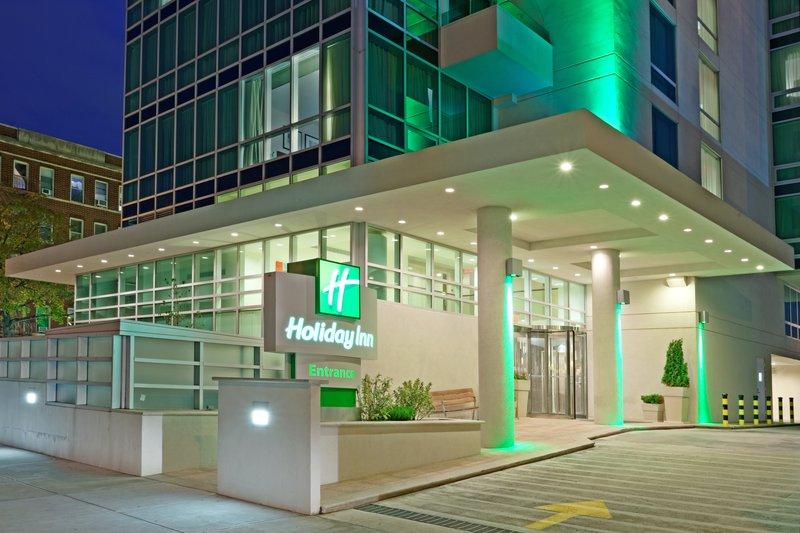 Holiday Inn L.I. City-Manhattan View-Hotel Exterior<br/>Image from Leonardo