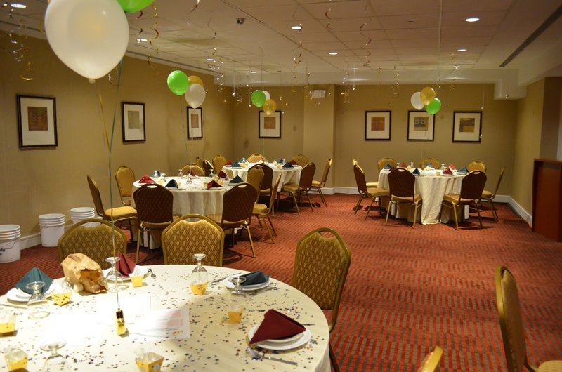 Holiday Inn L.I. City-Manhattan View-The Crescent Room is great for parties from 40-60 persons.<br/>Image from Leonardo