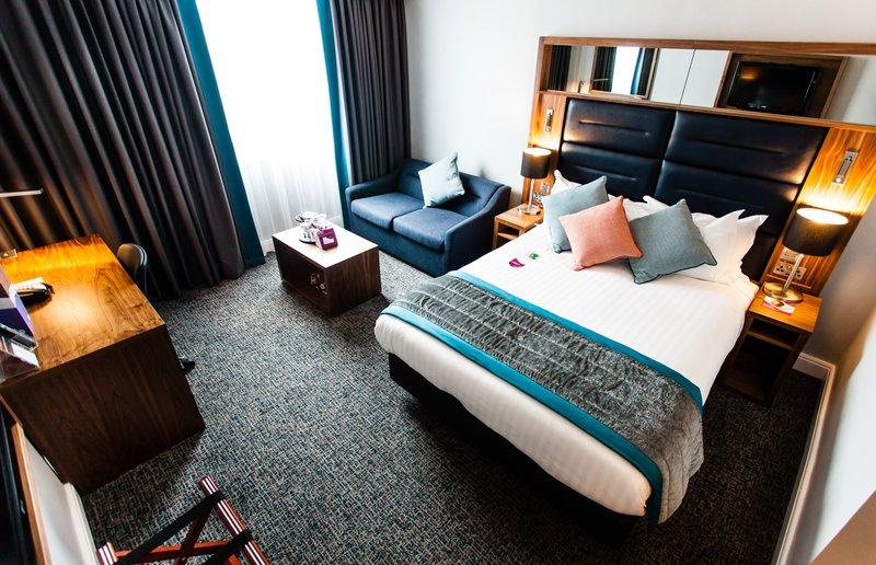 Crowne Plaza Leeds-King Sofa bed Standard Room<br/>Image from Leonardo