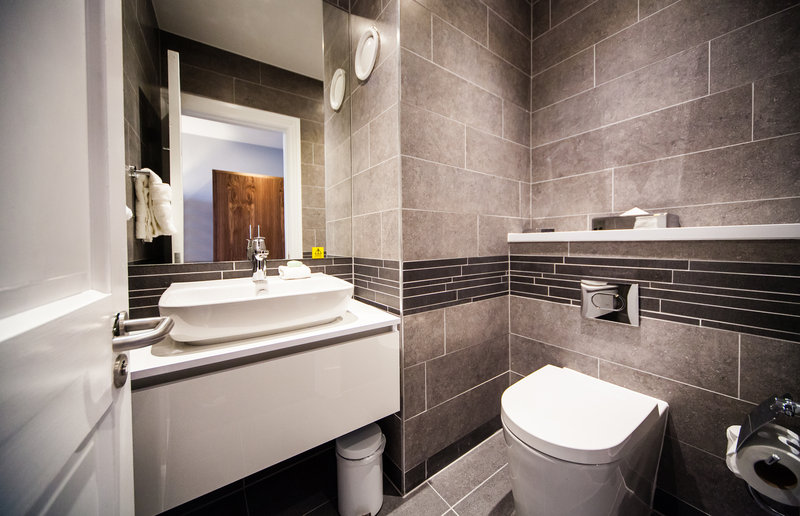 Crowne Plaza Leeds-Executive Suite<br/>Image from Leonardo