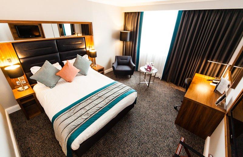 Crowne Plaza Leeds-King Standard Room<br/>Image from Leonardo