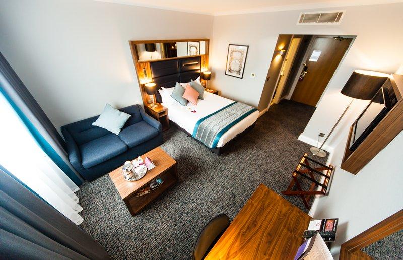 Crowne Plaza Leeds-King Sofabed Standard Room<br/>Image from Leonardo
