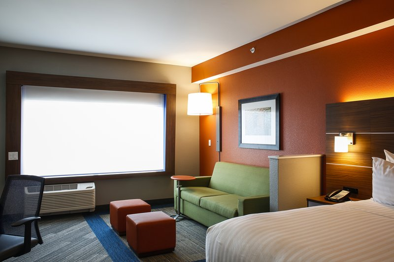 Holiday Inn Express & Suites Louisville Downtown-Near Fourth Street Live 4th<br/>Image from Leonardo