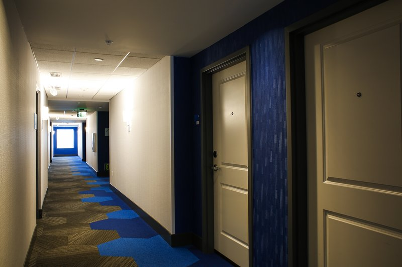 Holiday Inn Express & Suites Louisville Downtown-Near Kentucky Center for the Performing Arts<br/>Image from Leonardo