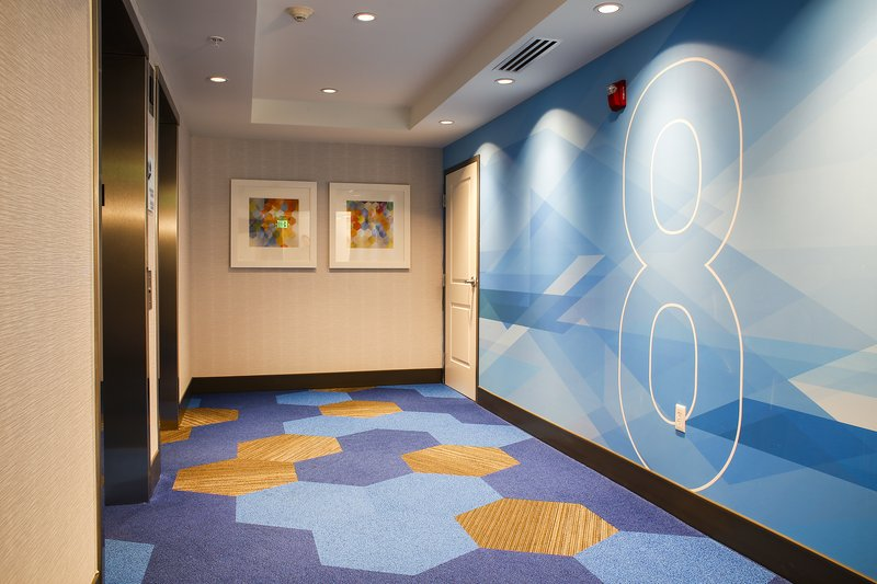 Holiday Inn Express & Suites Louisville Downtown-Near Speed Arts Museum<br/>Image from Leonardo