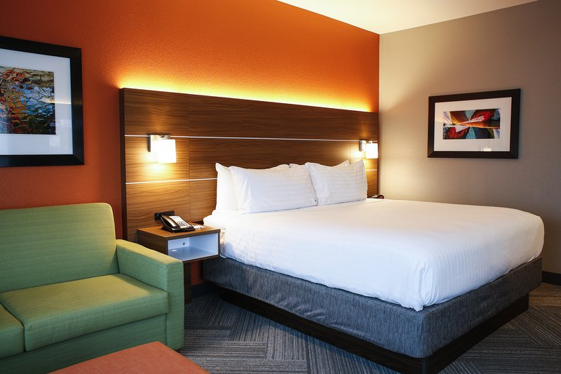 Holiday Inn Express & Suites Louisville Downtown-Near KFC Yum Center! Arena Basketball & Concert<br/>Image from Leonardo