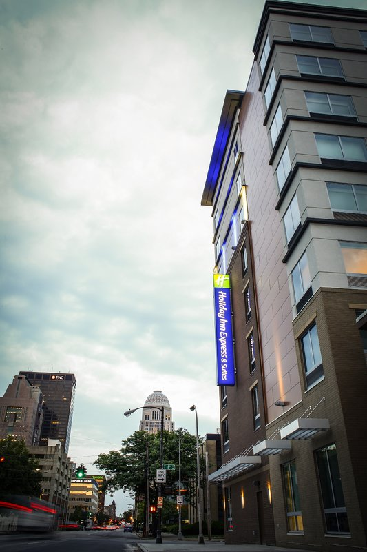 Holiday Inn Express & Suites Louisville Downtown-Near Humana Inc.<br/>Image from Leonardo