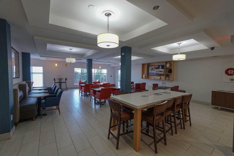 Holiday Inn Express & Suites Savannah - Midtown-Breakfast Area<br/>Image from Leonardo