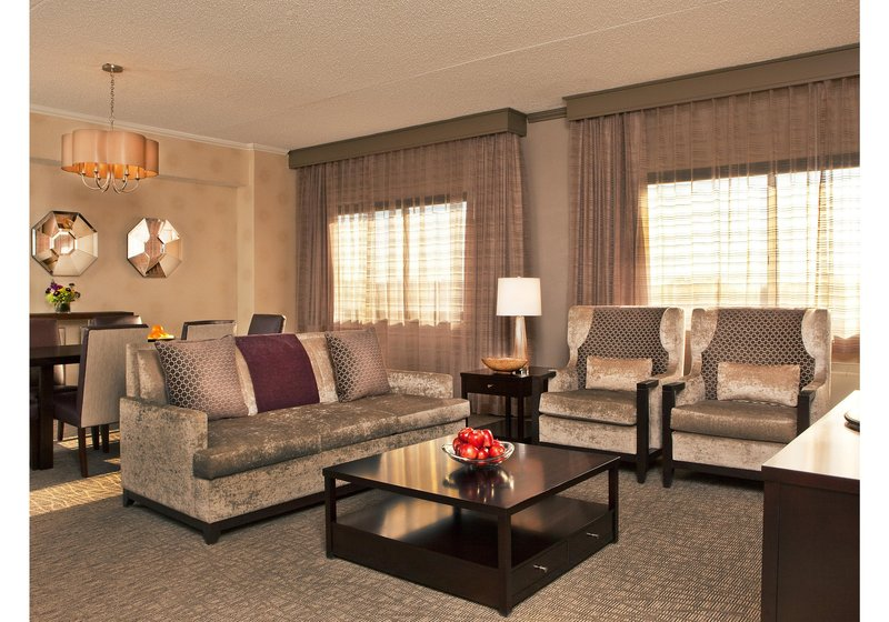 Crowne Plaza White Plains - Downtown-Executive Suite<br/>Image from Leonardo