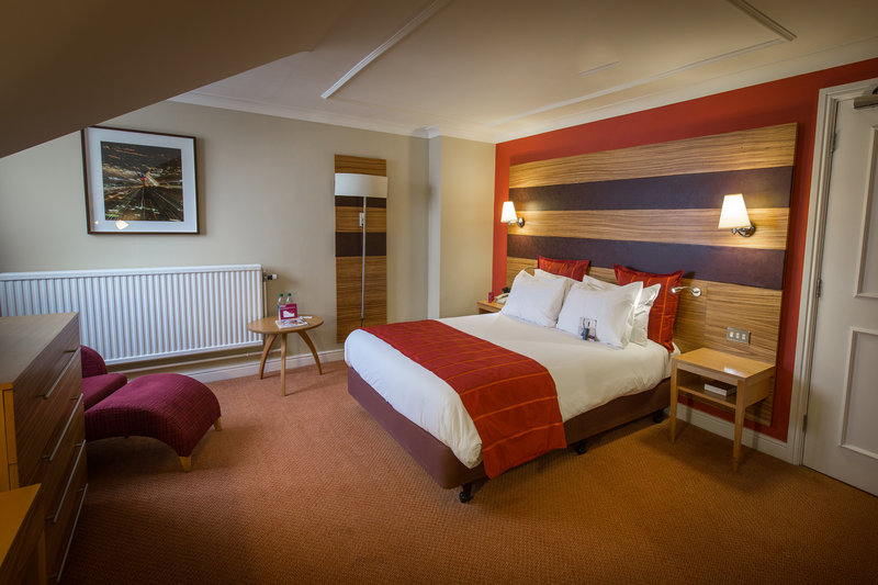 Crowne Plaza Chester-Executive Double Room<br/>Image from Leonardo