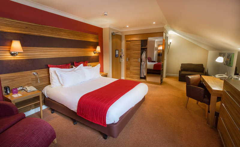Crowne Plaza Chester-Executive Double Club Room<br/>Image from Leonardo