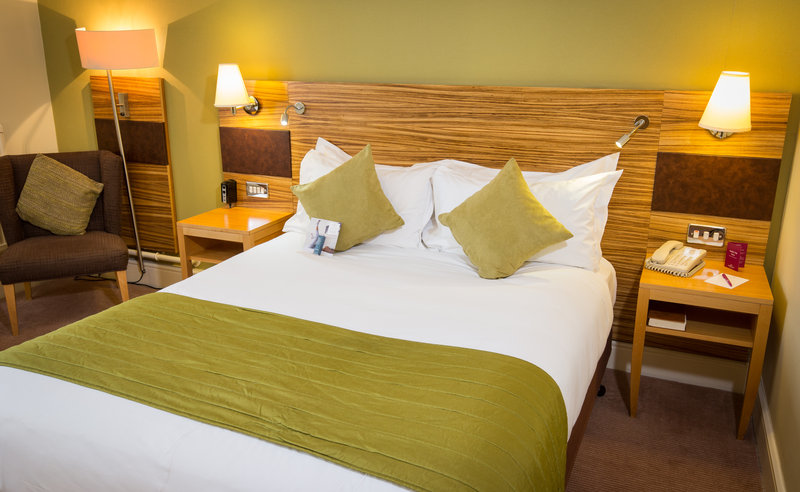 Crowne Plaza Chester-Double Guest Room<br/>Image from Leonardo