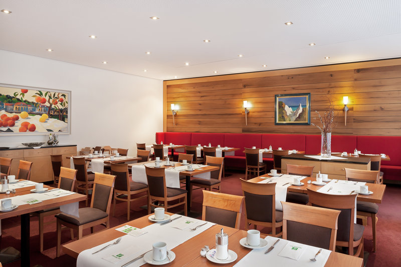 Holiday Inn Nuernberg City Centre-Cosy extension to St. Jakob restaurant, perfect for breakfast.<br/>Image from Leonardo