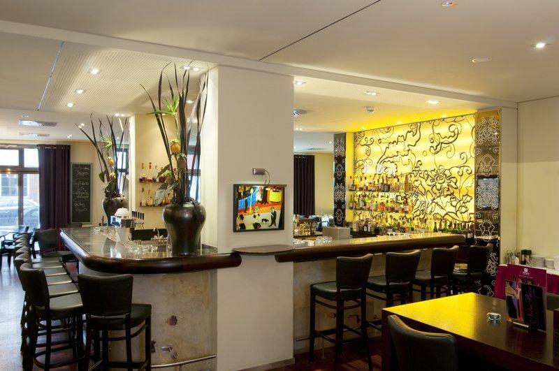 Holiday Inn Nuernberg City Centre-Bar&Brasserie NitriBizz<br/>Image from Leonardo