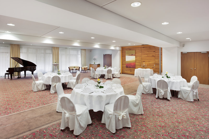 Holiday Inn Nuernberg City Centre-A flexible, courtyard-facing space for special events.<br/>Image from Leonardo