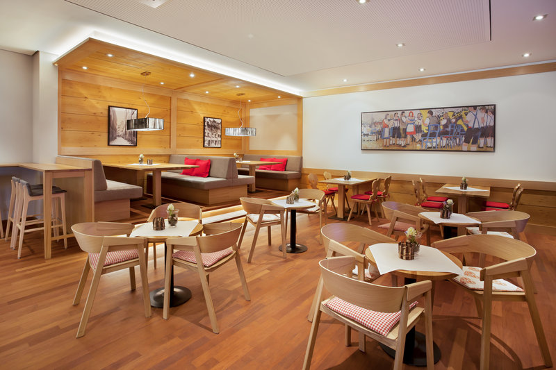 Holiday Inn Nuernberg City Centre-Inclusive Wi-Fi and 24-hour dining in Nürnberg City Centre.<br/>Image from Leonardo