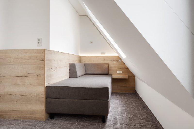 Holiday Inn Nuernberg City Centre-Sleeper Sofa<br/>Image from Leonardo