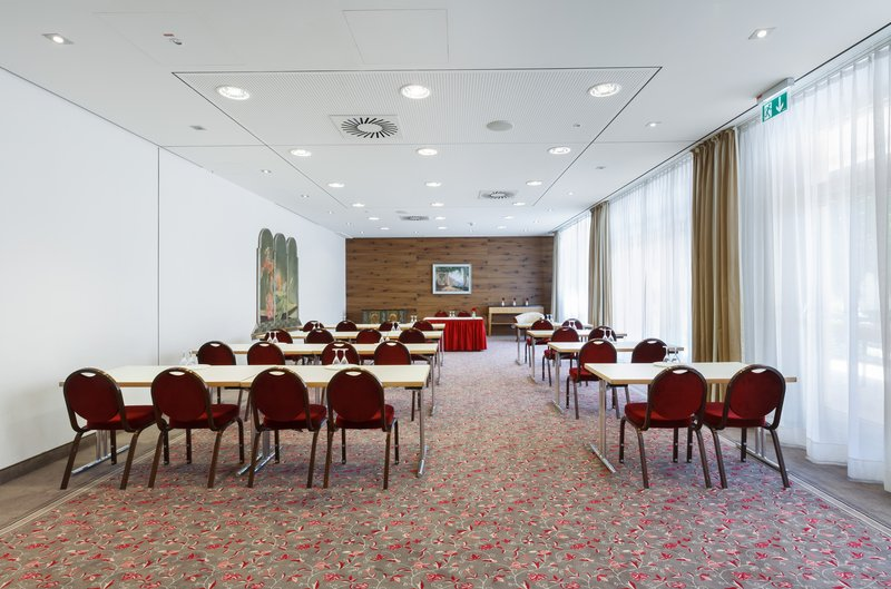 Holiday Inn Nuernberg City Centre-Boardroom<br/>Image from Leonardo