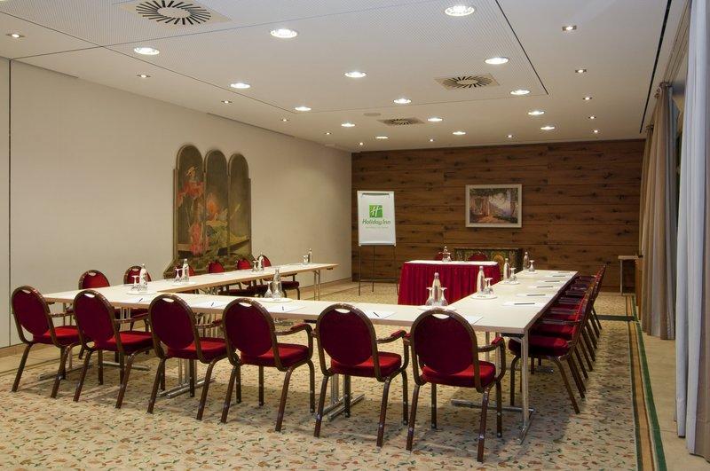 Holiday Inn Nuernberg City Centre-Boardroom<br/>Image from Leonardo
