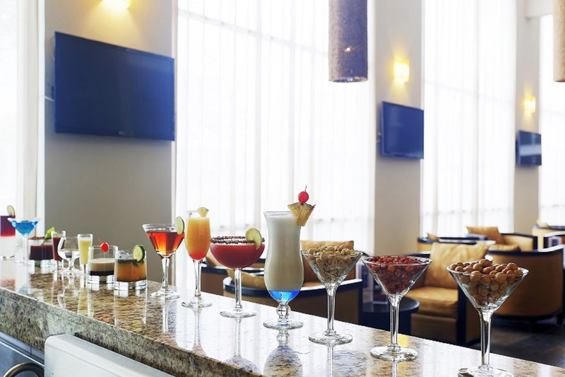 Crowne Plaza Villahermosa-Bar and Lounge<br/>Image from Leonardo