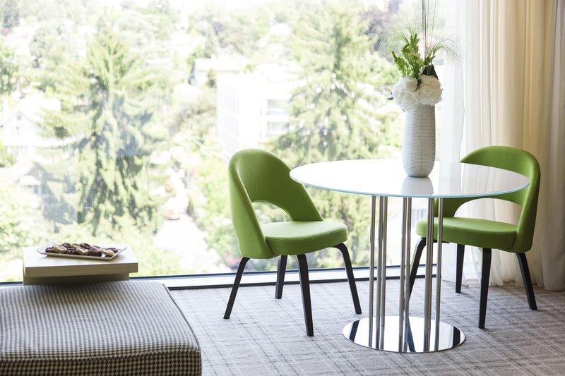Crowne Plaza Geneva-Club Suite<br/>Image from Leonardo