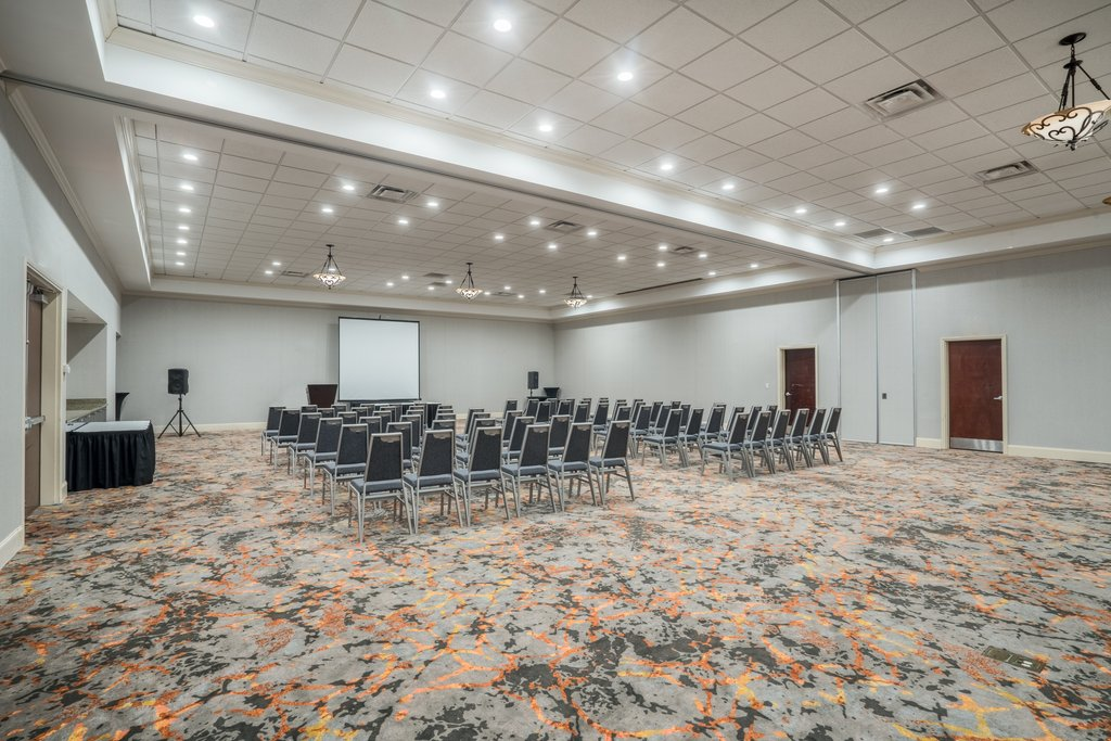 Holiday Inn Atlanta/Roswell-4,100 sq.ft flexible Ballroom, 3 Breakout rooms, All Day Catering <br/>Image from Leonardo
