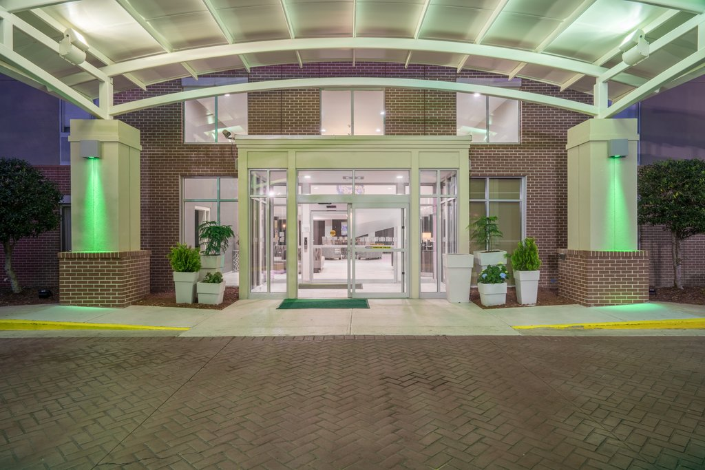 Holiday Inn Atlanta/Roswell-Welcome to Newly Renovated Full service Holiday Inn in Roswell Ga!<br/>Image from Leonardo