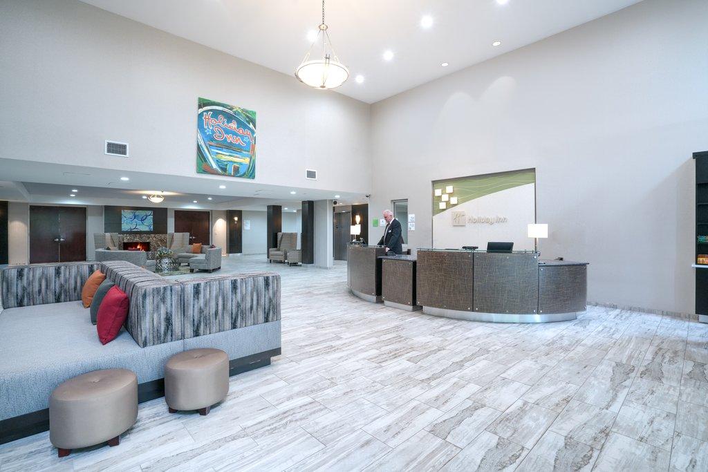 Holiday Inn Atlanta/Roswell-Art Galleries, Cozy cafes, Kayaking ,Biking. Within 1 mile from us<br/>Image from Leonardo