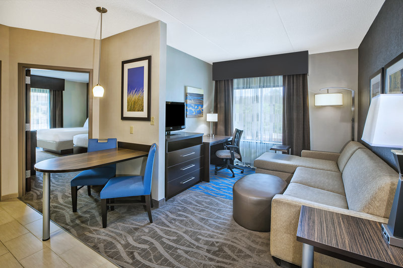 Holiday Inn Express & Suites Dayton South - I-675-Executive Suite for the whole family.<br/>Image from Leonardo