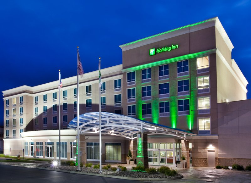 Holiday Inn Toledo-Maumee (I-80/90)-A friendly welcome awaits as you enter Holiday Inn Toledo Maumee<br/>Image from Leonardo