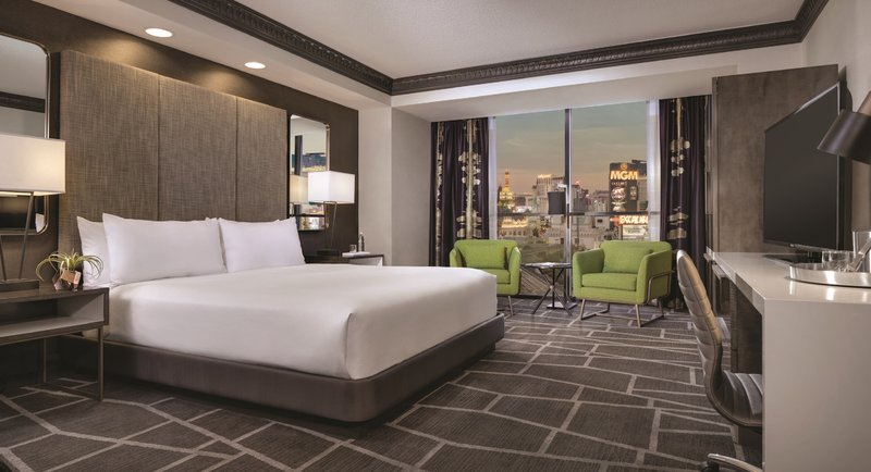 Luxor Resort and Casino-Tower Premium King<br/>Image from Leonardo