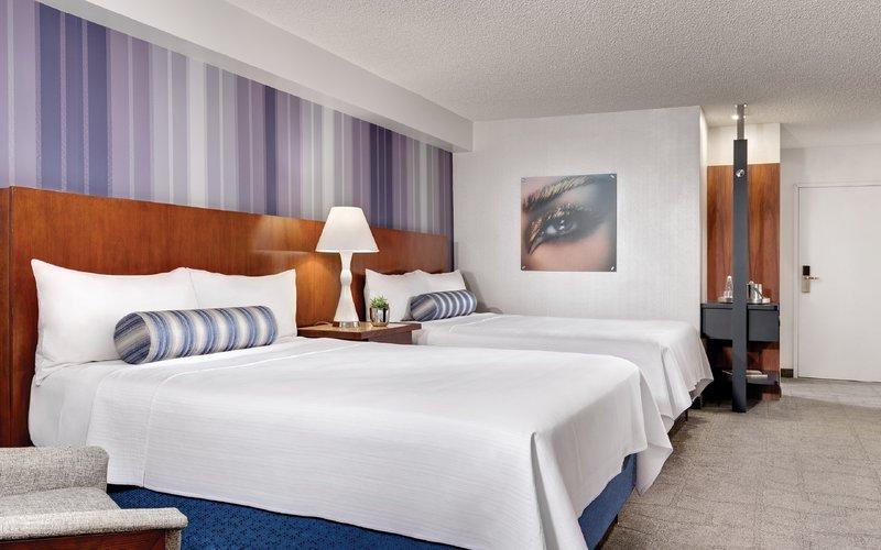 Luxor Resort and Casino-Pyramid Premium Queen<br/>Image from Leonardo