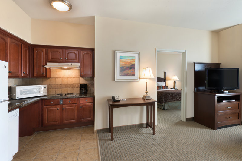 Staybridge Suites Tucson Airport-ADA/Handicapped Accessible One Bedroom Queen Suite<br/>Image from Leonardo