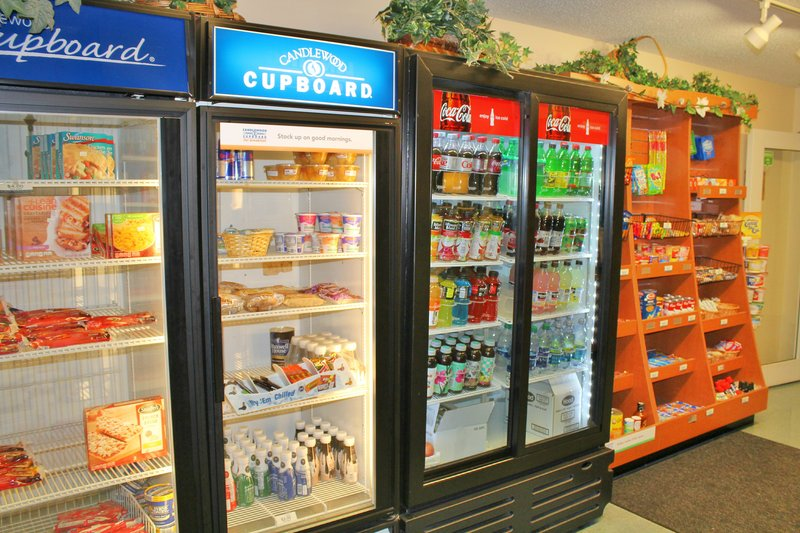 Candlewood Suites Syracuse-Airport-24hr Candlewood Cupboard to grab a snack or a quick meal<br/>Image from Leonardo