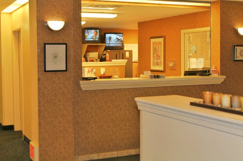Candlewood Suites Syracuse-Airport-Front Desk<br/>Image from Leonardo