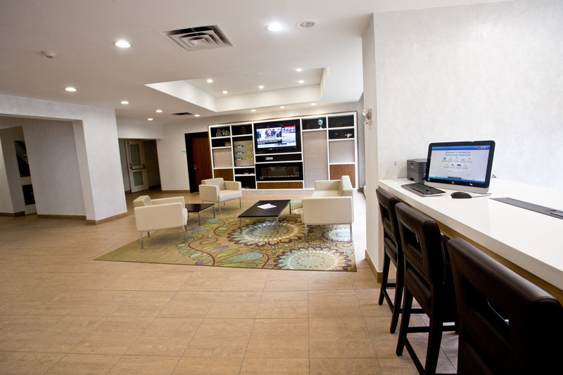 Holiday Inn Peterborough-Waterfront-Lobby Business Centre<br/>Image from Leonardo