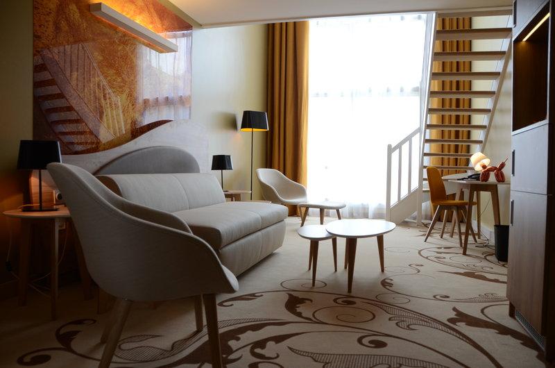 Holiday Inn Reims Centre-Duplex suite ground floor<br/>Image from Leonardo