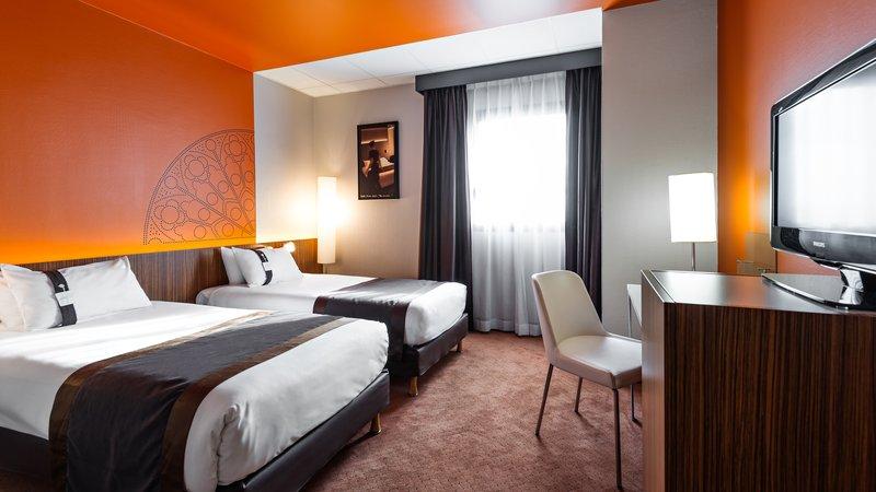 Holiday Inn Reims Centre-Twin Room<br/>Image from Leonardo
