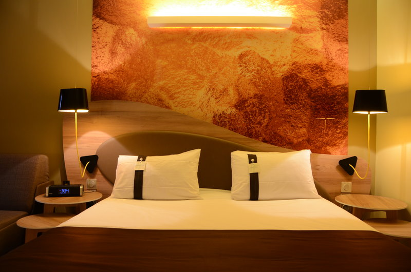 Holiday Inn Reims Centre-Executives Junior suites and suites design<br/>Image from Leonardo