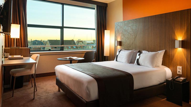 Holiday Inn Reims Centre-Double standard room<br/>Image from Leonardo