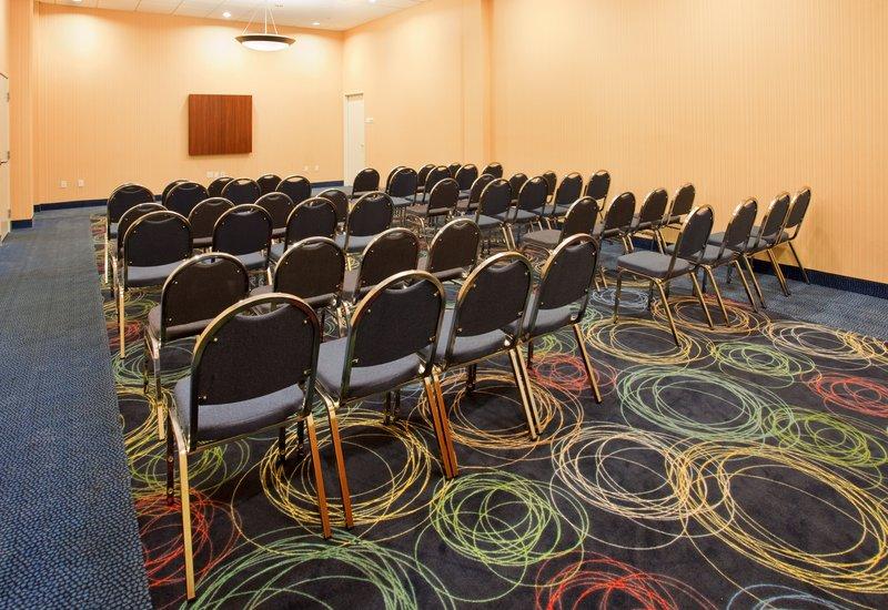 Holiday Inn Omaha Downtown-Airport-Meeting Room<br/>Image from Leonardo