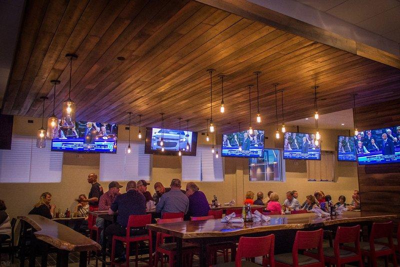 Holiday Inn Omaha Downtown-Airport-Restaurant<br/>Image from Leonardo